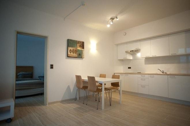 gemeubeld appartement gelijkvloers links